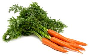 Banho de descarrego com a rama de cenouras