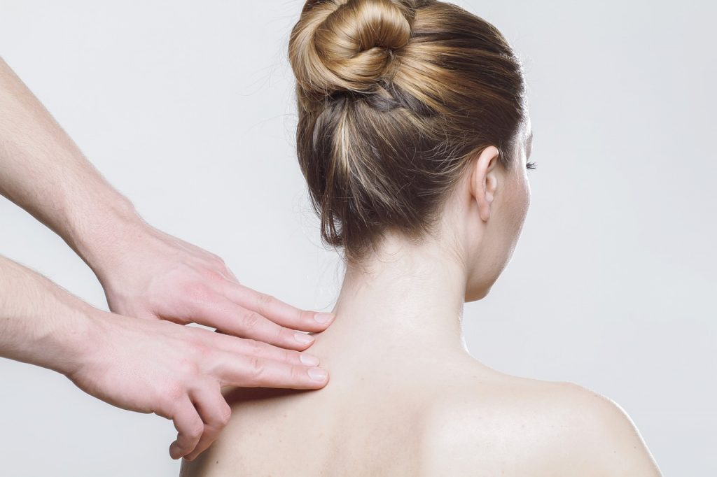 Sofrendo com dor nas costas, tratamento natural