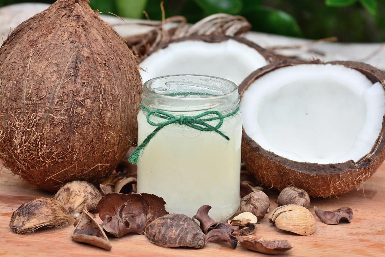 Como fazer leite de coco vegano